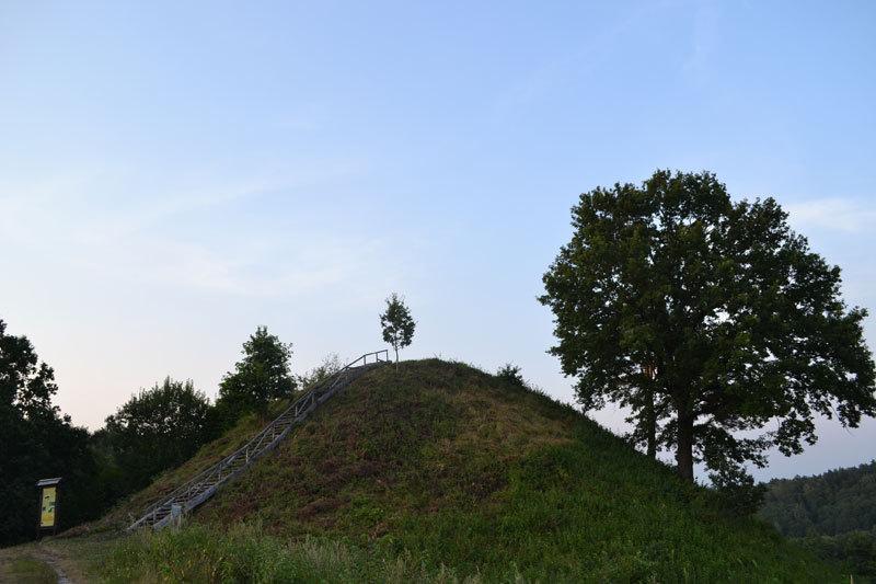 Rumbonių piliakalnis