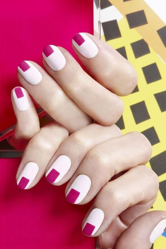 Geometrinių formų manikiūras, rožiniai stačiakampiai