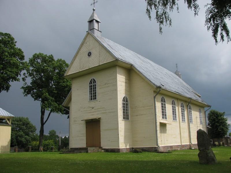 Semeliškių Šv. Lauryno bažnyčia
