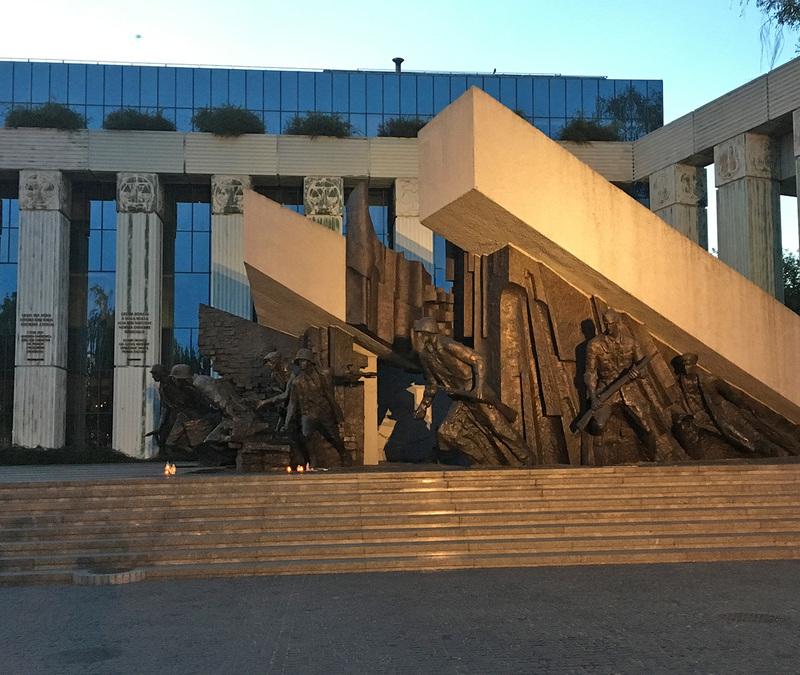 Sukilimo paminklas Varšuvoje
