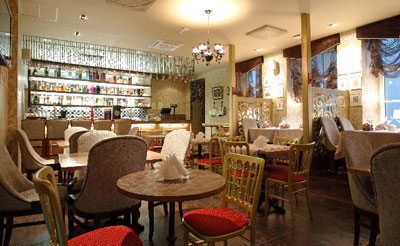 . . . Kavinė . . .  VN9L4500